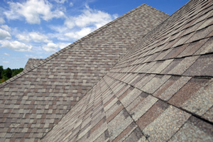 Homes roofed with asphalt shingles in Greer
